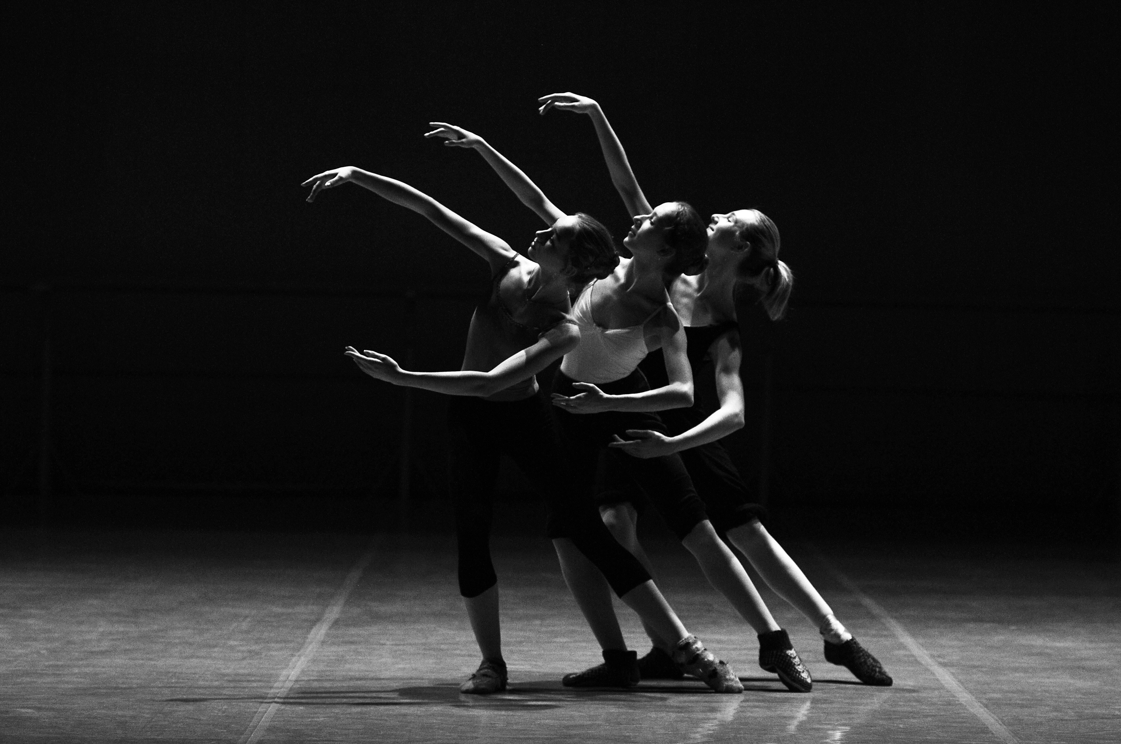 Iniciació a la Dansa Moderna